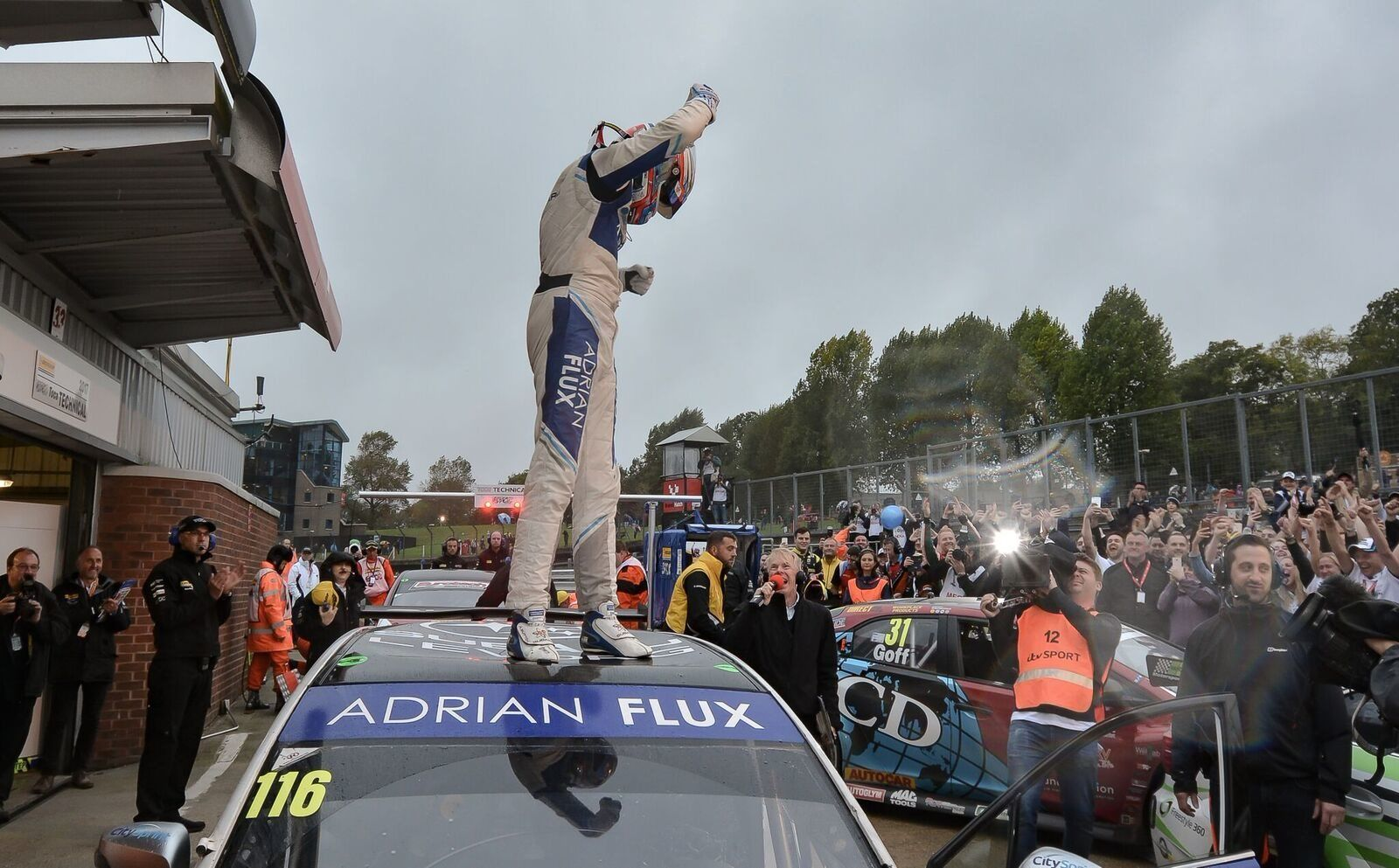 SUBARU STAR SUTTON SCOOPS BRITISH TOURING CAR CHAMPIONSHIP TITLE